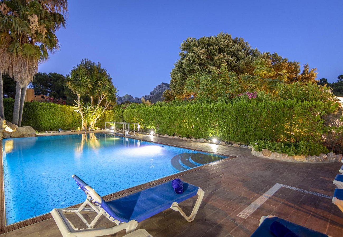 Villa en Cala San Vicente - FORMOSA. Una de las villas más exitosas. Impresionante jardín