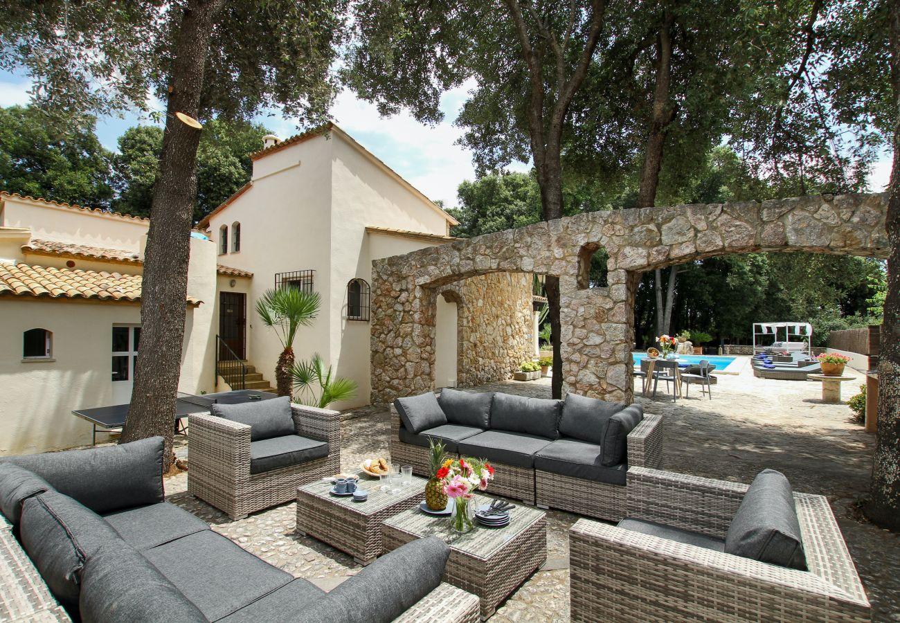 Villa en Pollensa - ENCINAS. Espectacular casa recientemente reformada