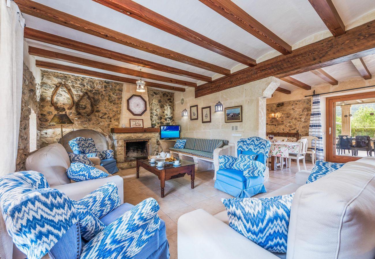 Villa en Pollensa - RAFALET. Estupenda villa cerca de Pollensa