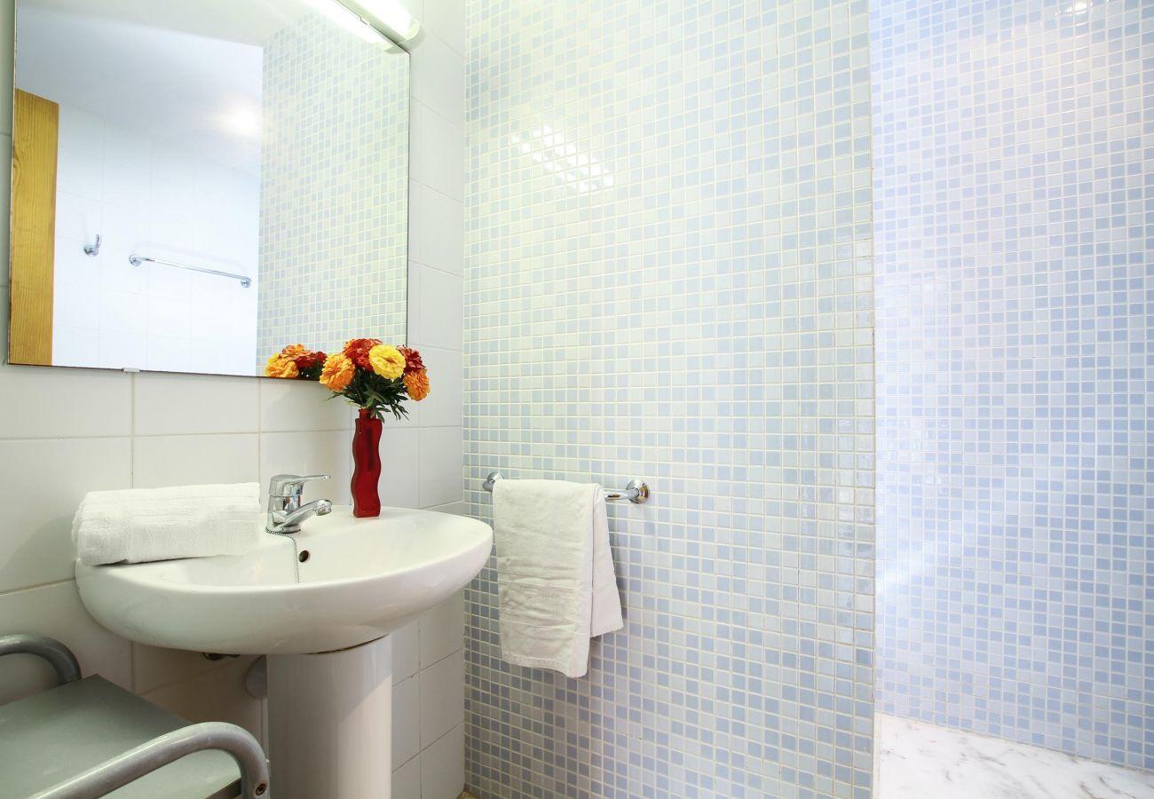 Apartamento en Puerto Pollensa - TONY 2A. Bonito apartamento primera linea