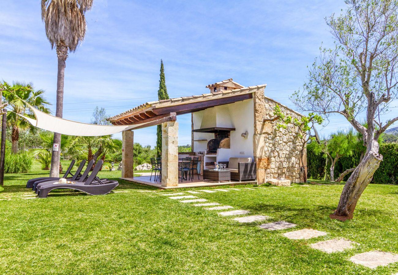 Villa en Alcúdia - SEGUE. Bonita casa de campo con piscina