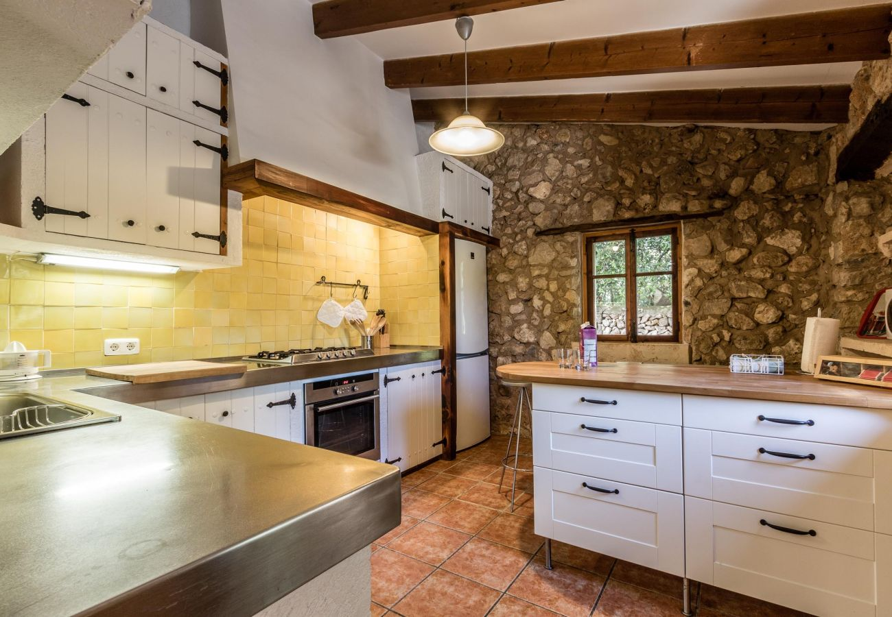 Villa in Buger - AMENGUAL. Character and taste close to Buger