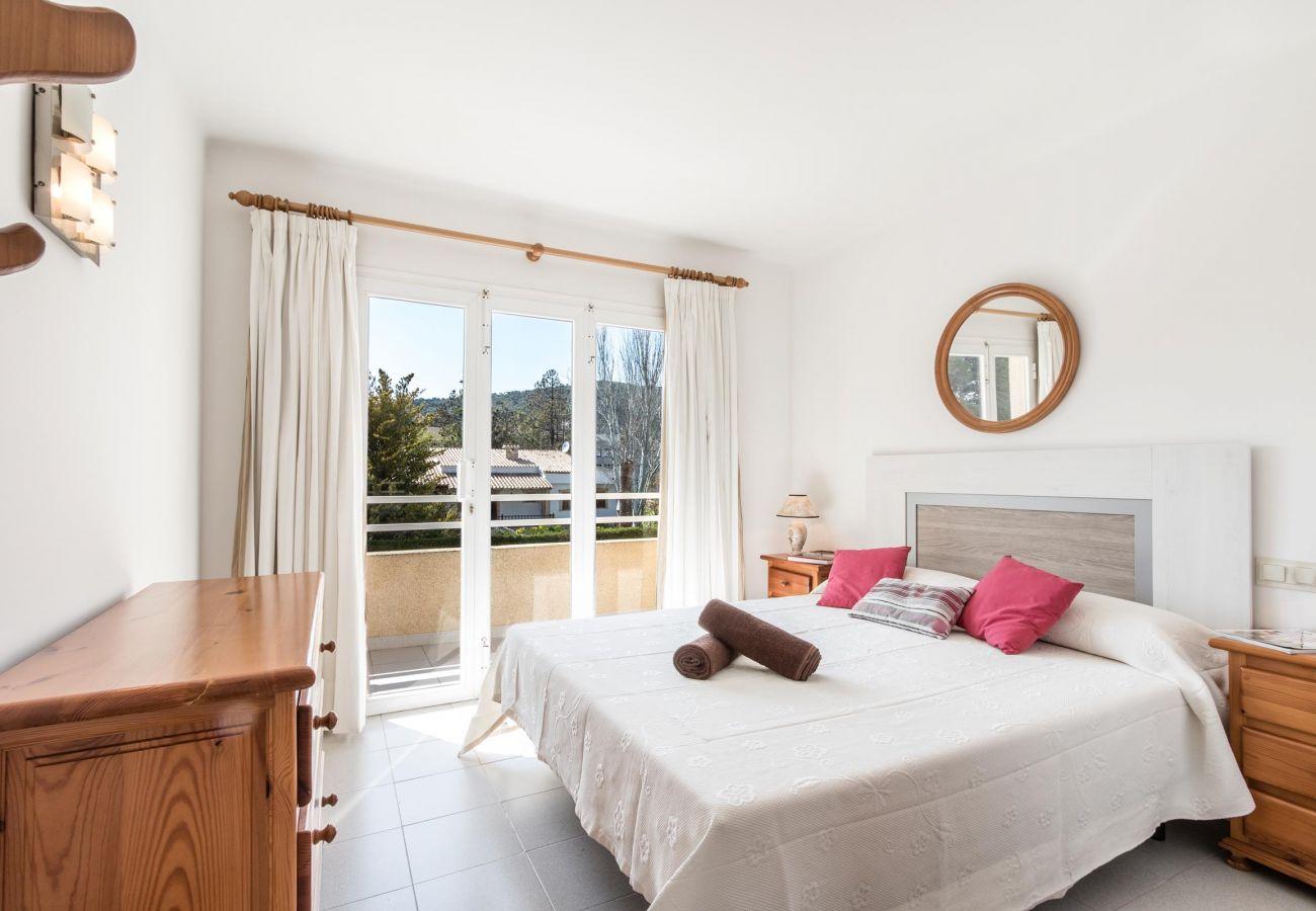 Apartment in Puerto Pollensa - XIPRER. 2 bedroom apartment in Puerto Pollensa