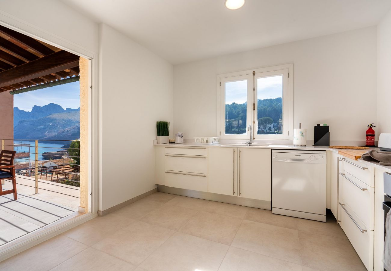 Villa in Cala San Vicente - GUILLEM. Lovely house 150 meters from the beach