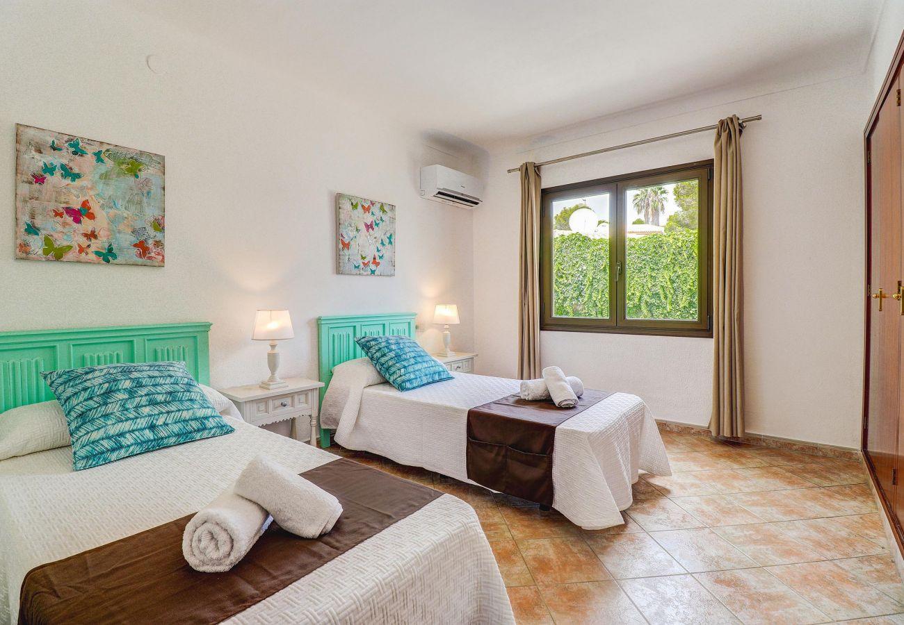 Villa in Puerto Pollensa - PAULA. Charming villa just 700 m from the beach