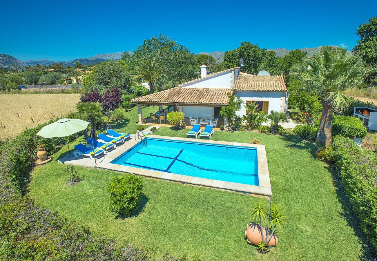 Villa in Puerto Pollensa - GERANIOS. Relax and enjoy!